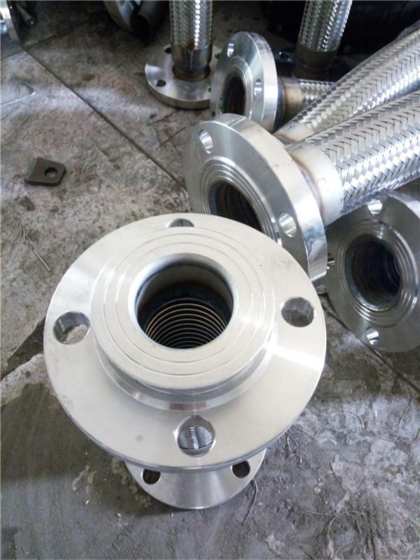 大口径金属软管到哪买-衡水市大口径金属软管