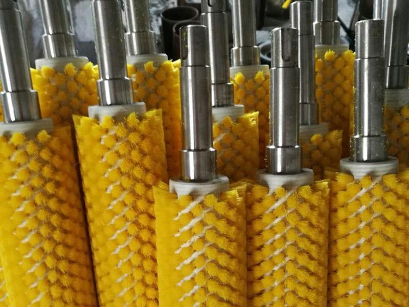 钢丝辊刷定做-食品机械毛刷辊订做