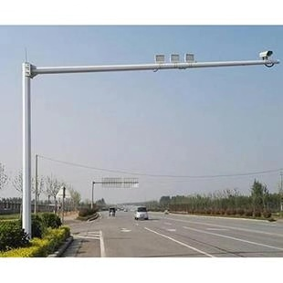 成都哪里有卖电警杆-电警杆厂家直供