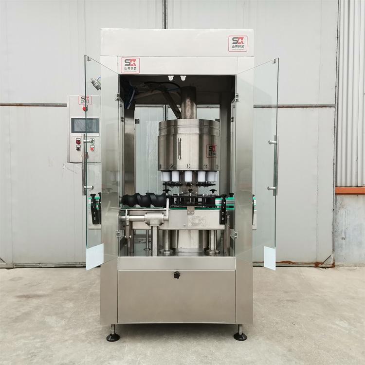 黑龙江白酒灌装设备供应企业-山齐灌装机械电子定量灌装机