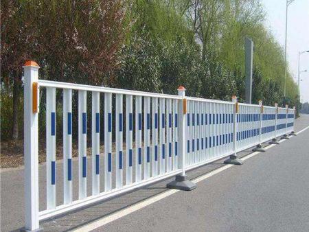 西寧鋅鋼護欄廠家-做好道路護欄的表面鍍鋅有什么