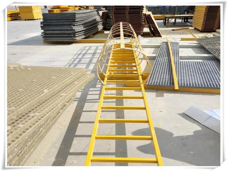 林芝玻璃钢爬梯 玻璃钢直梯 玻璃钢耐酸碱爬梯恒泽加工玻璃钢护
