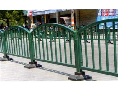 兰州鑫盛辉提供兰州地区有品质的不锈钢护栏,定西不锈钢价格