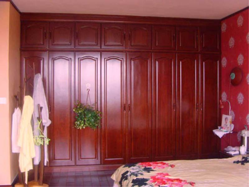 原木衣柜生厂商_质量硬的卧室衣柜推荐给你