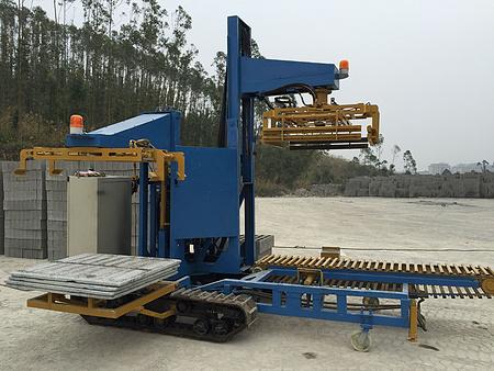 香港码砖机厂家-为您推荐优可靠的QS-1000Y型移动式码砖机