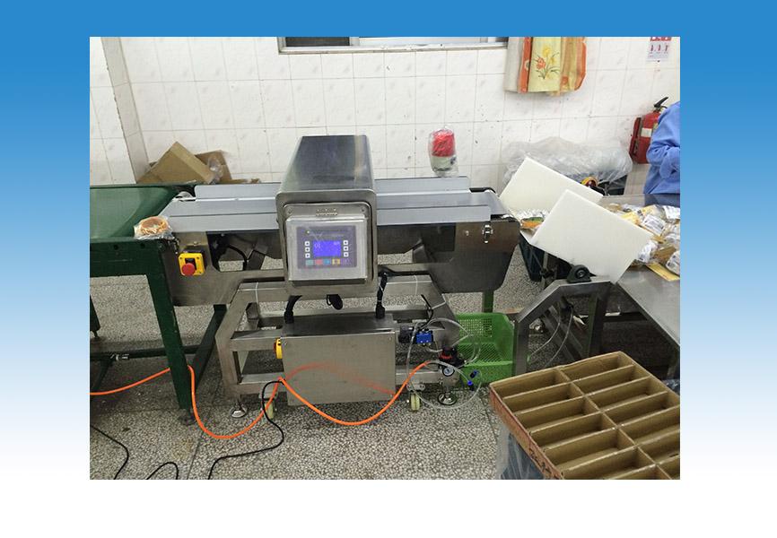 中山食品金属探测器-高性价食品金属探测器,隆胜金属检测设备倾力推荐