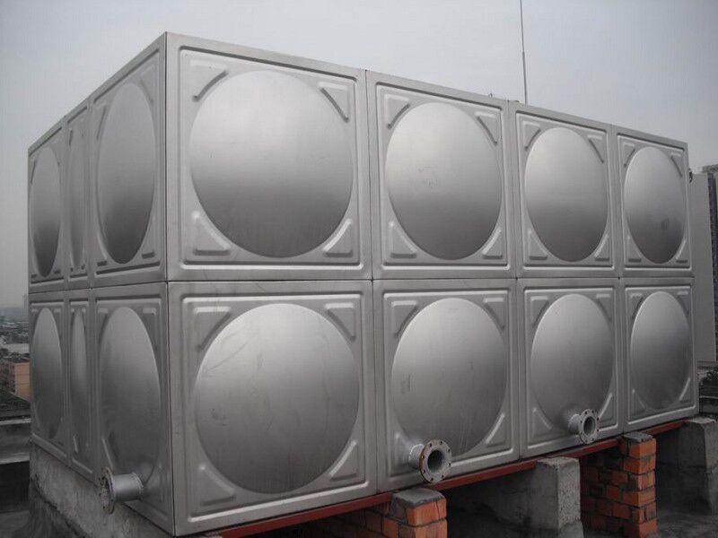 外贸不锈钢水箱《生活水箱制造商》有品质的消防水箱??!