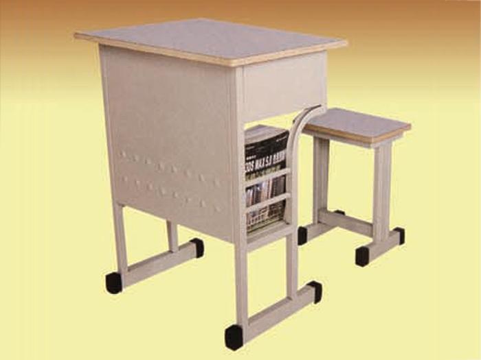 昌邑教学用组合桌椅-质量硬的教学用组合桌椅推荐给你