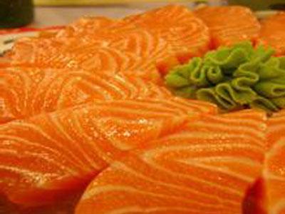 甘肃三文鱼养殖基地-来刘家峡冷水鱼养殖基地-买超值的冰鲜鱼