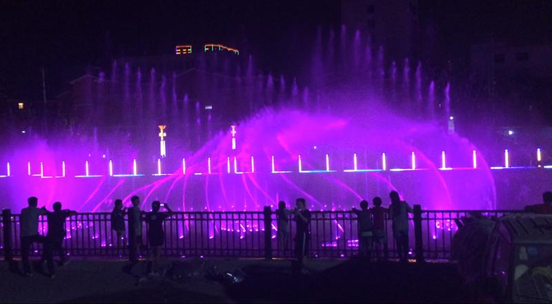 山东喷泉彩灯厂家-优惠的音乐喷泉要到哪买