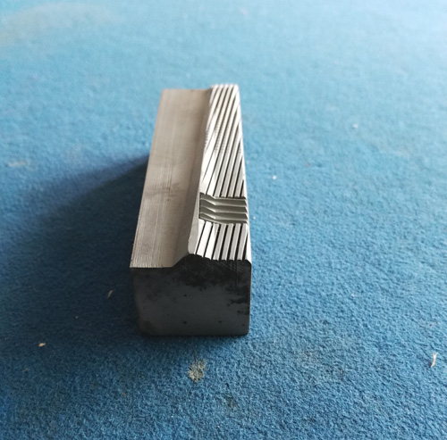 深圳自攻牙板厂家|东莞哪里有卖价格优惠的自攻牙板