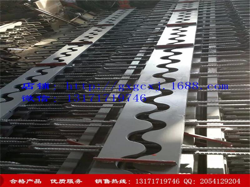天津100型钢梳齿板型桥梁伸缩缝,北京地区实惠的100型钢梳齿板型桥梁伸缩缝