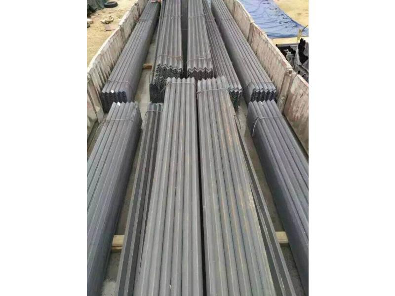 角鋼廠家價位-選購角鋼認準新世紀水暖器材