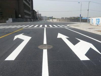 兰州划线工程|兆丰交通设施高品质热熔标线批发