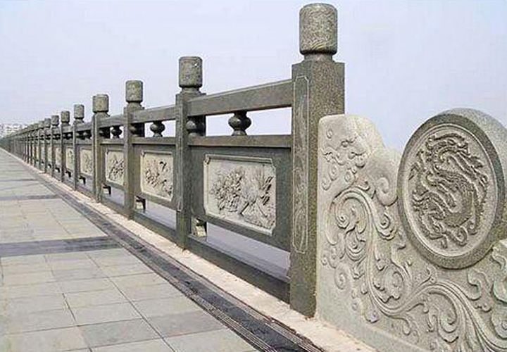 云南购买石栏杆石栏板应该注意什么 怎样选择厂家