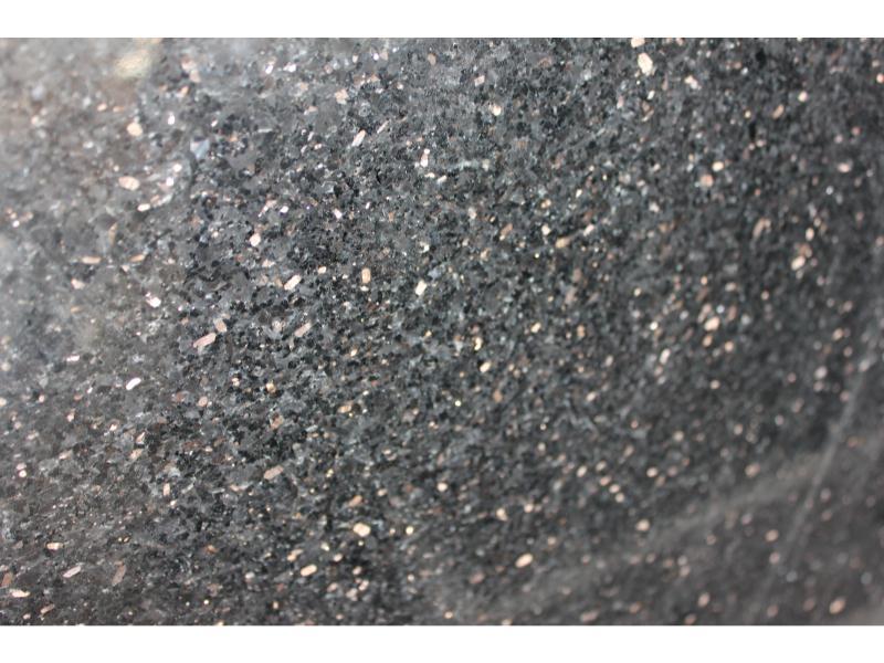 福建地区具有口碑的黑金沙市场板怎么样 黑金沙石材价格