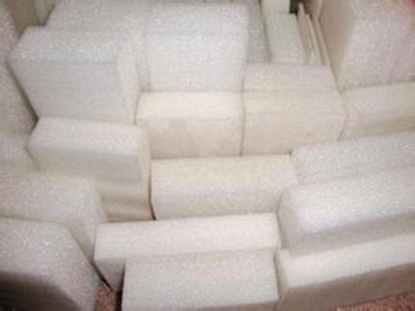 茶山高密度海綿_鑫坪包裝材料供應同行中有品質的防靜電珍珠綿