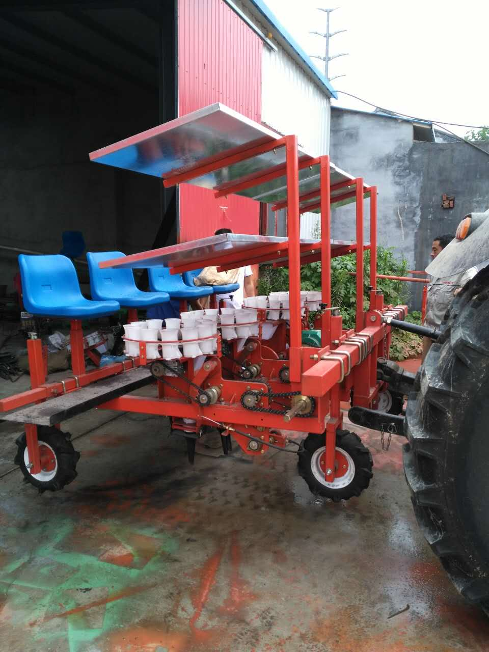 白芍移栽机代理加盟,山东专业的安徽亳州药材栽苗机供应商是哪家