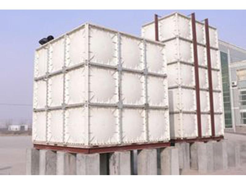 宝东玻璃钢——质量好的玻璃钢水箱提供商——甘肃玻璃钢水箱定做