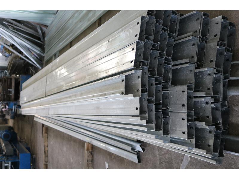 C型钢价格行情_大量出售价位合理的C型钢