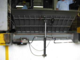 泉州专业固定式液压登车桥供应-固定式液压登车桥专卖