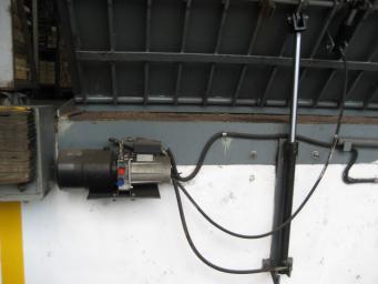 固定式液压登车桥代理加盟_优良的固定式液压登车桥供应商当属容大机械