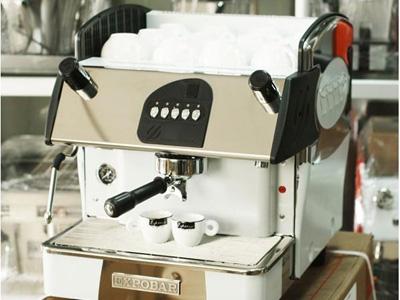 蘭州咖啡機哪家質量好-劃算的咖啡機蘭州班時供應