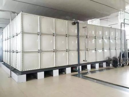 太阳能不锈钢储水箱的优势——三栋