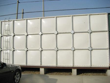 不銹鋼保溫水箱的工作原理及使用說明
