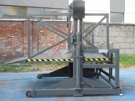 实用的盐城液压升降机价格推荐 液压升降机