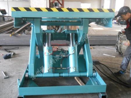 特殊型液压升降平台厂家,专业的升降平台生产厂家