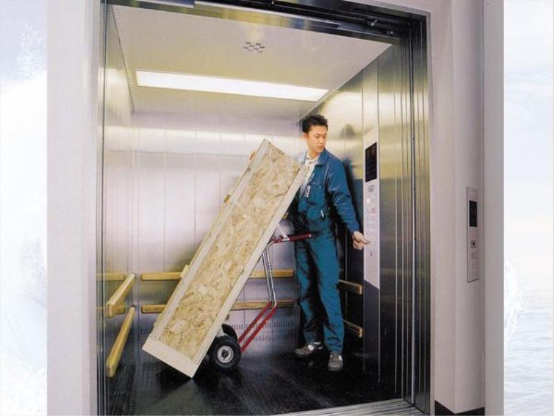 厦门升降货梯种类-买升降货梯就来坚持电梯