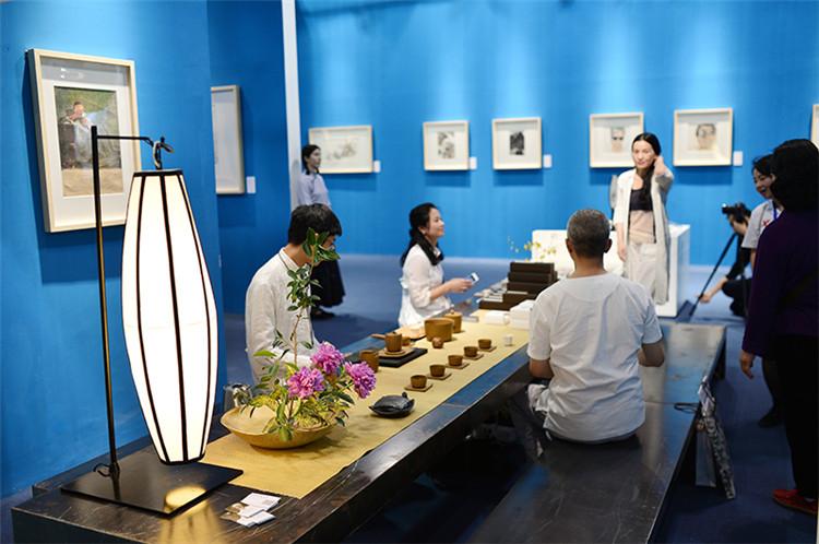 莆田艺术中心设计|划算的拍卖艺术展板出自嘉维世纪会展服务