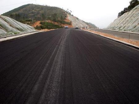 辽宁石油沥青厂家划算的道路石油沥青供应,优质的辽宁泡沫沥青