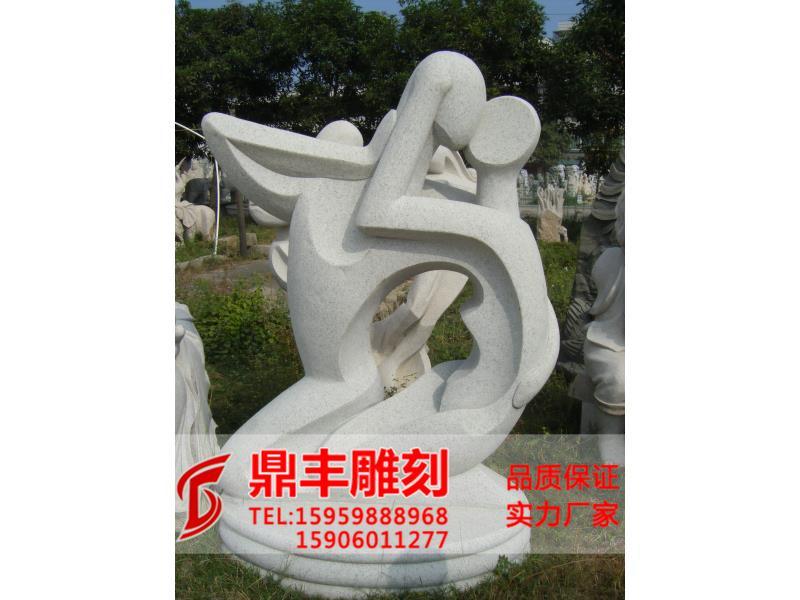 哪里有供应独特设?#39057;脑?#26519;景观雕刻 泉州园林景观雕刻价格