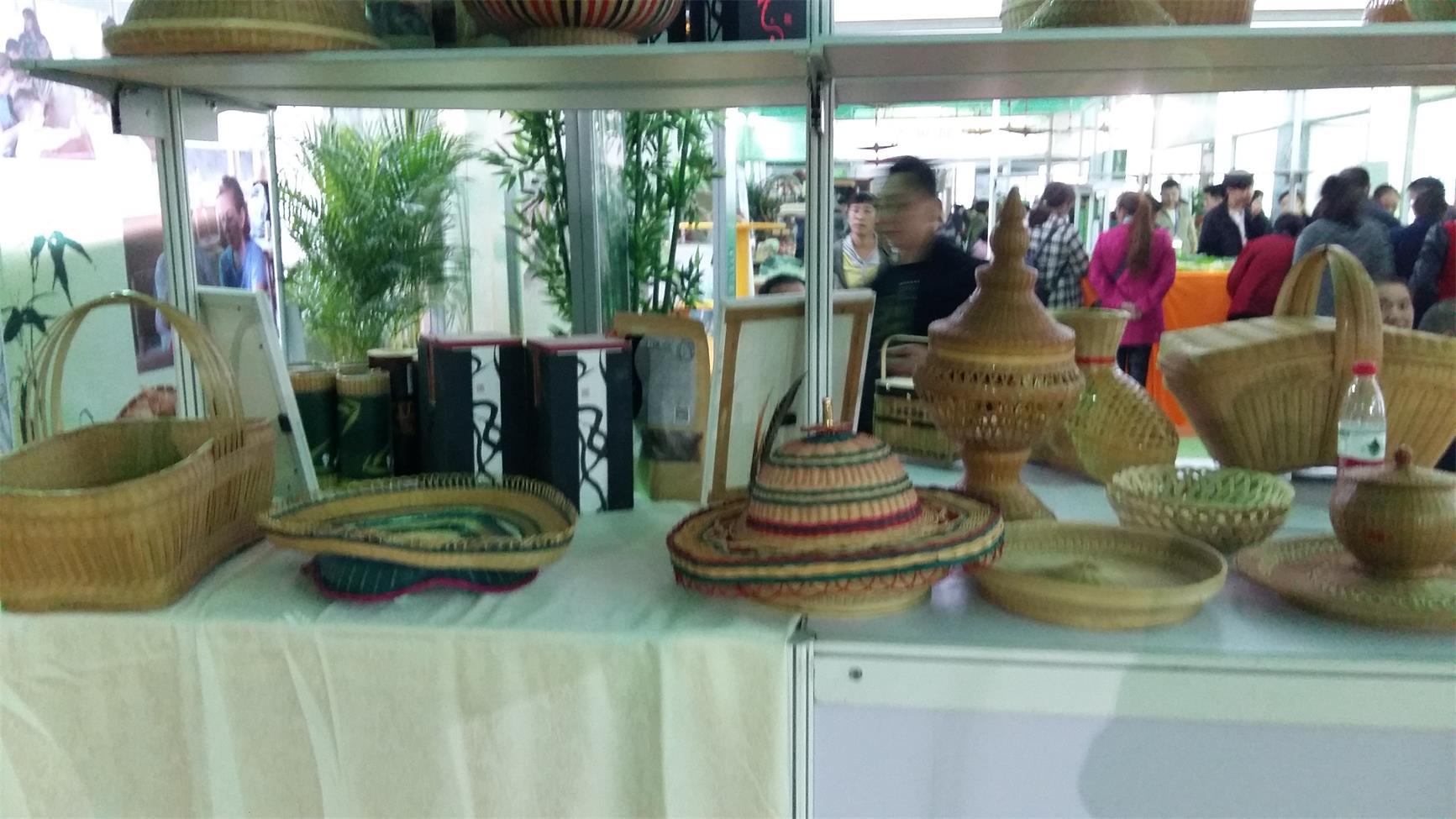 竹房子,设计新颖的竹子工艺品哪里买