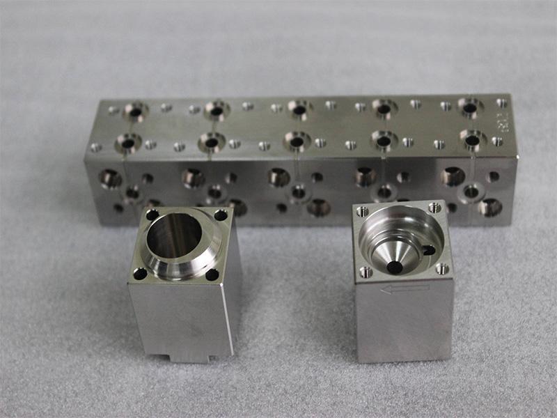 蘇州哪里有聲譽好的CNC零件加工 CNC零件加工廠