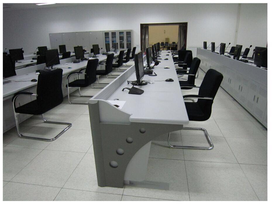 江西监控操作台|沧州玖丰电子机箱供应好用的监控操作台