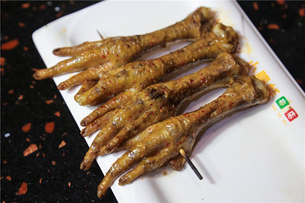 錦州燒烤怎麼烤-燒烤技術培訓還是小肥蚝燒烤好
