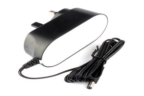 厂家直销英规18V2A电源适配器