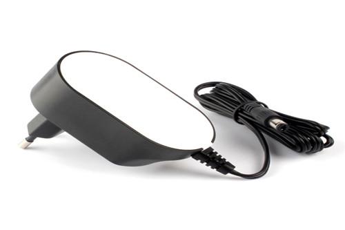 龙8国际琴电源适配器12V过CE认证
