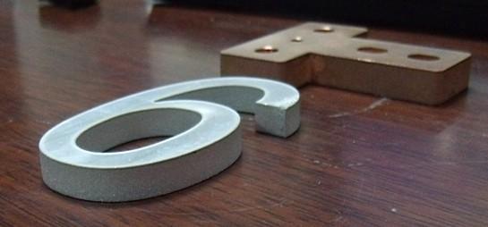 水刀切割碳钢厚板供应-为您推荐专业的水刀切割碳钢板服务