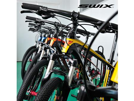 品牌好的自行车配件在哪能买到 SWIX水壶架推荐