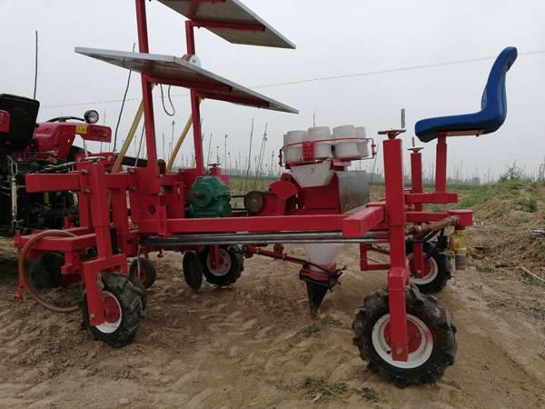 青州专业的栽苗机_厂家直销——甘蓝移栽机生产厂家