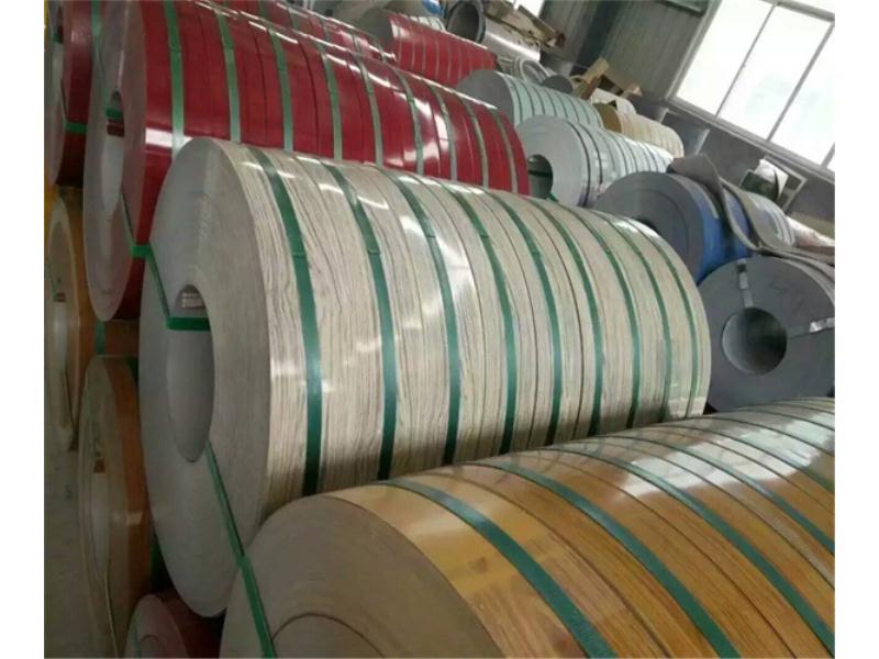 出口卷闸门彩钢带-福建卷闸门彩钢板生产厂家