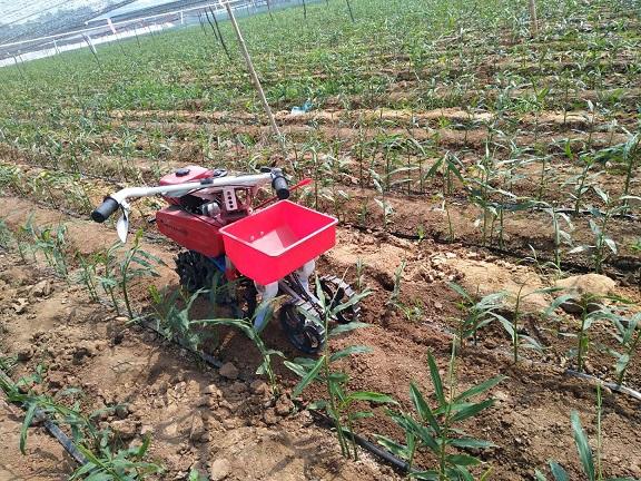 培土施肥机