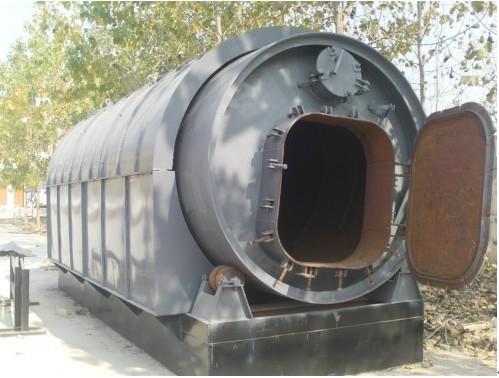 废旧塑料炼油设备 专业的轮胎炼油设备【供应】