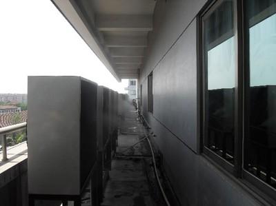 空调外机水喷淋降温设备