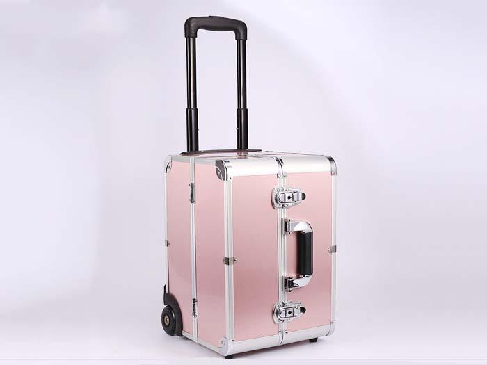 拉杆化妆箱订做厂家|东莞美易达提供专业的拉杆化妆箱定制服务