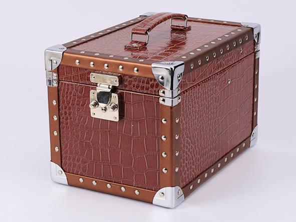 双层化妆箱订制-划算的化妆箱定制就在东莞美易达